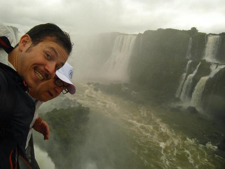 Tommaso e Flavio alle cascate di Iguazù (novembre 2013)