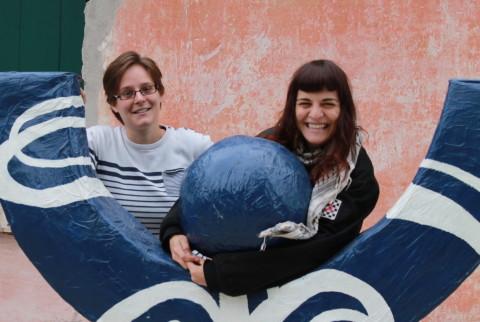 EVS, le nuove volontarie europee. Da sinistra Elise (Francia) e Irma (Spagna).